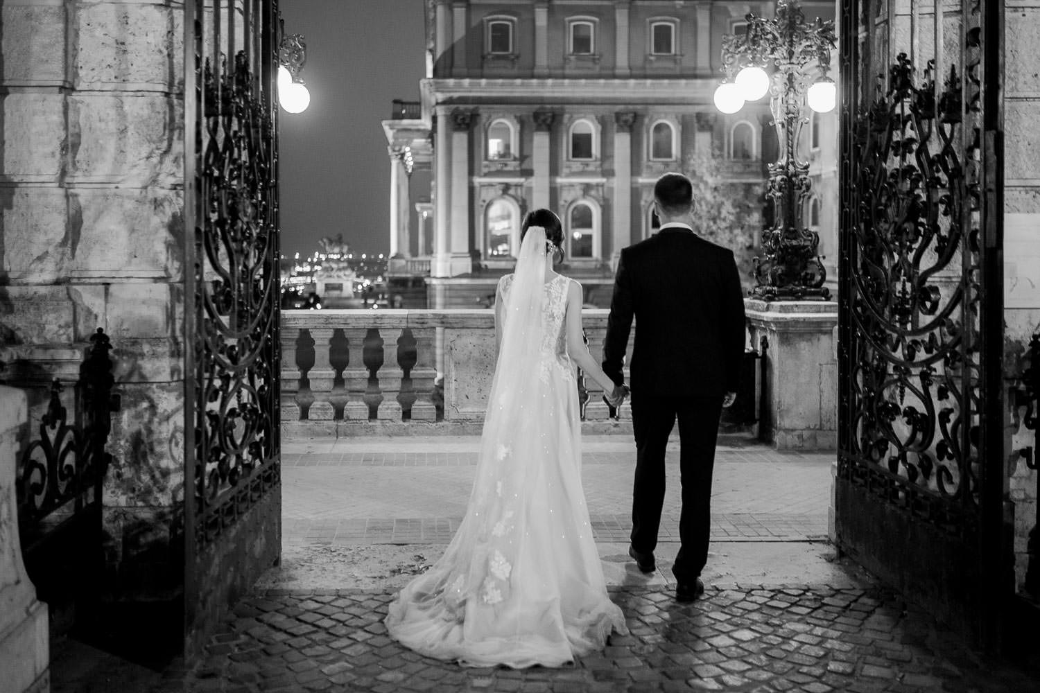 Budapest night couple photo