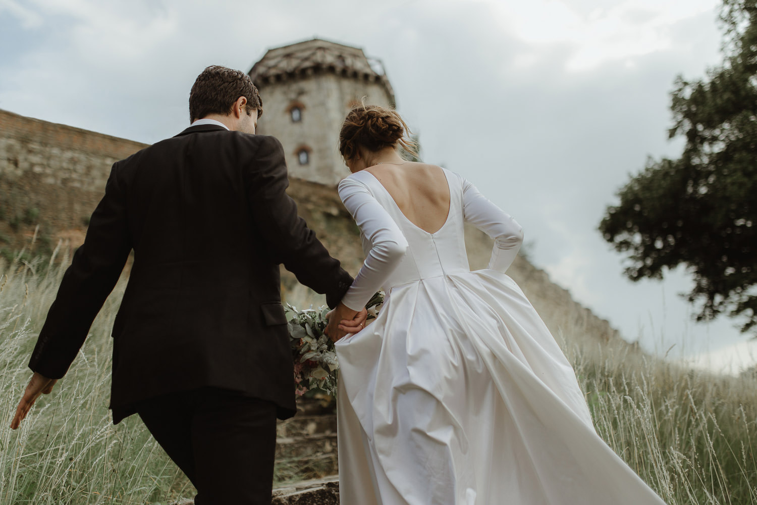 Kalemegdan fortress wedding in Kalemegdanska terasa Belgrade